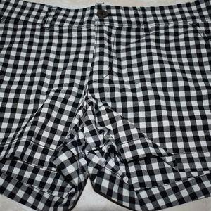 Old Navy Black White Gingham Shorts Sz 4 Cotton